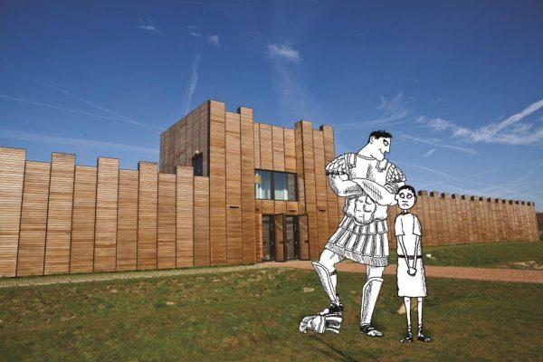 Fictief figuur Nurdius Maximus en zijn broer Spierus (getekend) zijn voor de ingang van Castellum Hoge Woerd (foto)